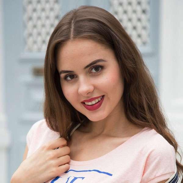 Julia Cloe